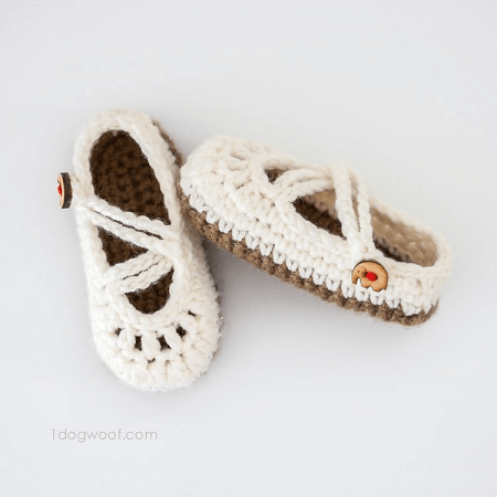 Double Strapped Baby Mary Janes Crochet Pattern by 1 Dog Woof