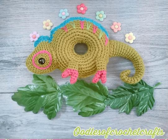 Doughnut Chameleon Crochet Pattern by Oodles Of Crochet