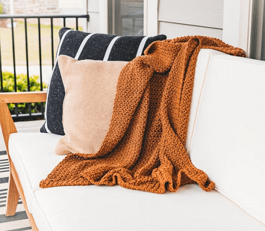 Old Fashioned Throw Blanket Crochet Pattern by Sewrella
