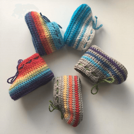 Striped Baby Booties Crochet Pattern by Saraphir