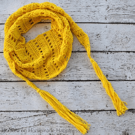 Sunshine Crochet Scarf Pattern by Hooked Homemade Happy