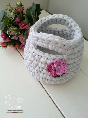Lovely Crochet Handbag with Handles Pattern By Lulaor