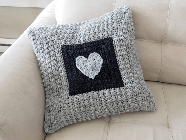 Aligned Cobble Stitch Pillow Crochet Pattern by Ideal Me