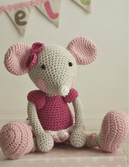 Ballerina Mouse Crochet Pattern by Lilleliis