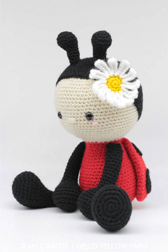 Crochet Ladybug Amigurumi Pattern by Hello Yellow Yarn