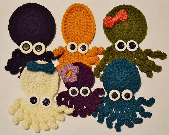 Crochet Octopus Applique Pattern by The Sequin Turtle