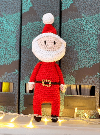 Crochet Santa Amigurumi Pattern by Handy Little Me