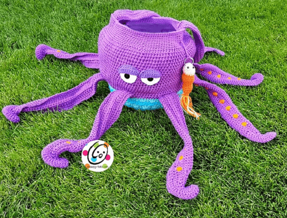 Gus, The Octopus Bag Crochet Pattern by Heidi Yates