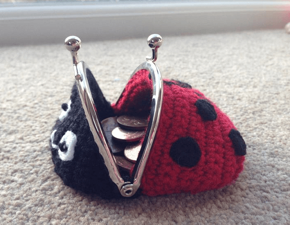 Coin Purse Ladybug Crochet Pattern by Lau Loves Crochet