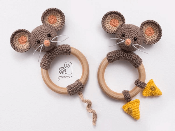 Max, The Mouse Rattle Crochet Pattern by Yarn Wave Shop
