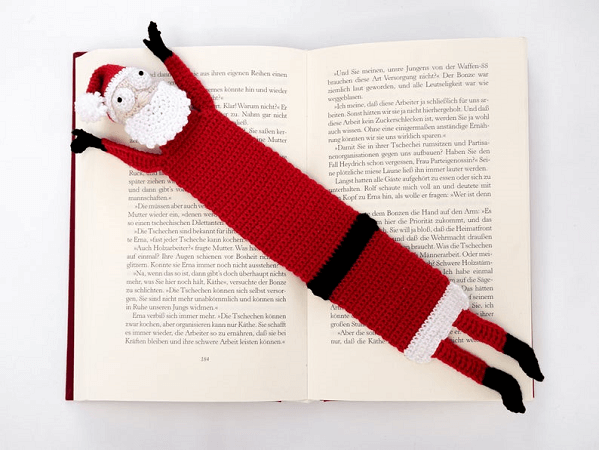 Santa Bookmark Crochet Pattern by Supergurumi Shop