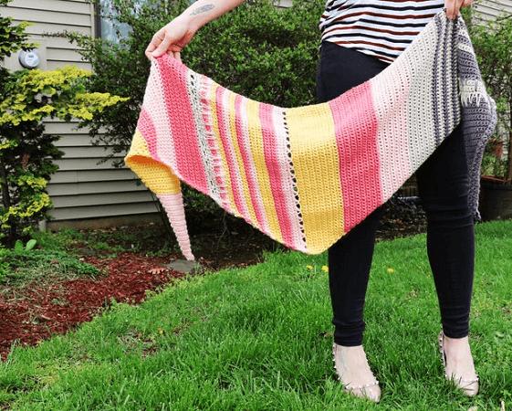 Shianne Shawl Crochet Pattern by Sundae Yarns