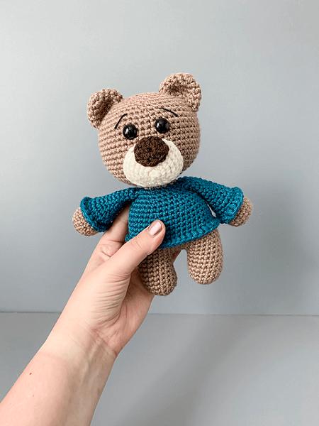 The Friendly Teddy Bear Crochet Pattern by Kali Dahle