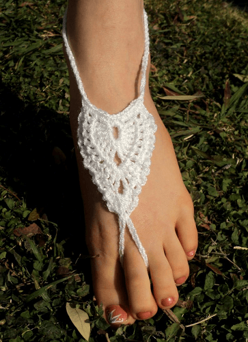 Angel Wings Barefoot Sandals Crochet Pattern by Life In Small Spaces