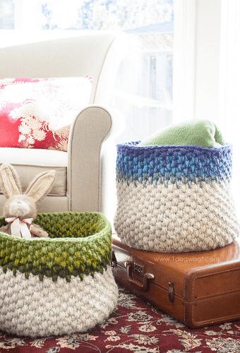 Color Block Crochet Basket Pattern by 1 Dog Woof