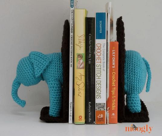 Crochet Elephant Bookends Pattern by Moogly