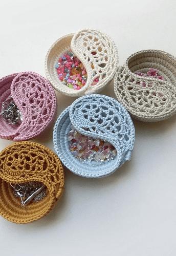 Crochet Jewelry Basket Pattern by Goolgool