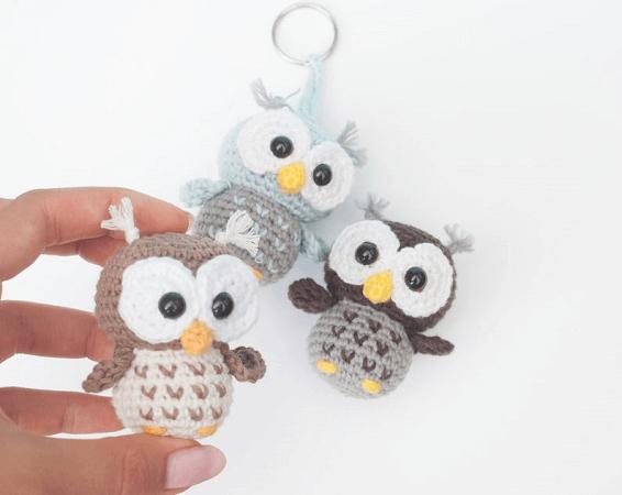 Crochet Keyring Owl Pattern by Em Sa Crochet