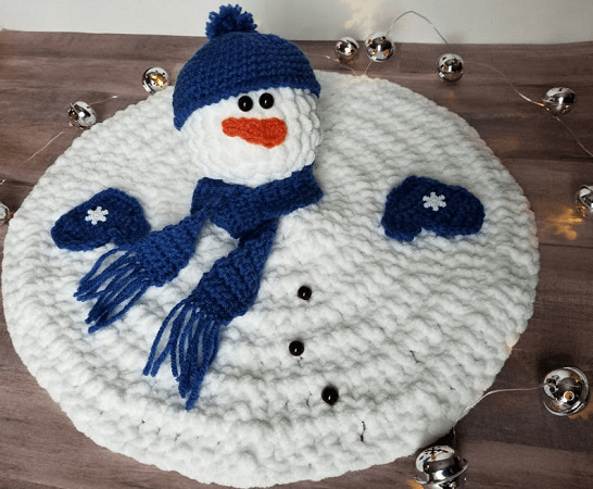 Crochet Melting Snowman Pattern by Highland Hickory Dsgns