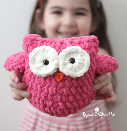 Crochet Plush Owl Toy Pattern by Repeat Crafter Me
