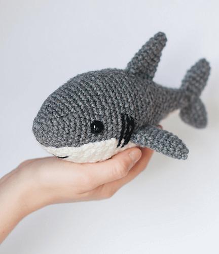 Crochet Shark Pattern by Theresa's Crochet Shop