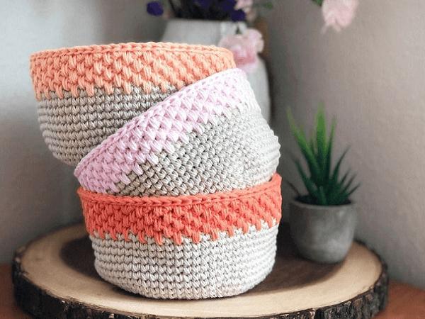 Easy Modern Crochet Basket Pattern by Sigoni Macaroni