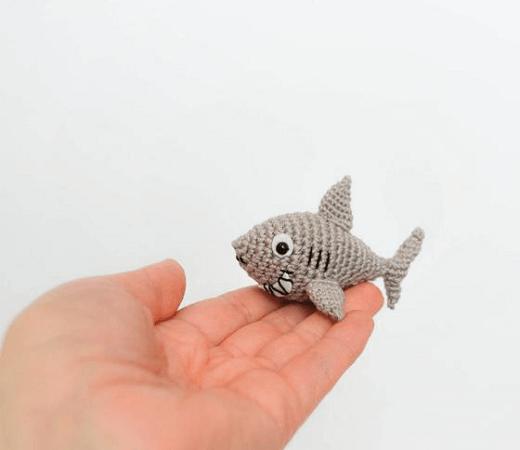 Tiny Shark Amigurumi Pattern by La Cigogne