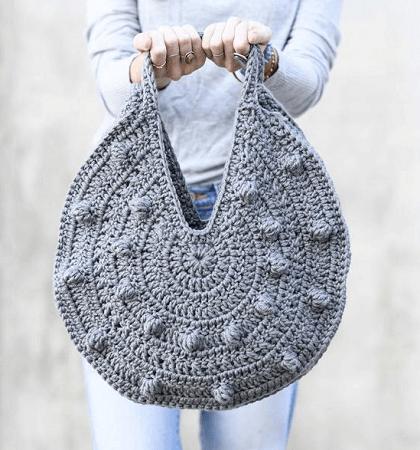 Crochet Circle Purse Pattern by Mama In A Stitch
