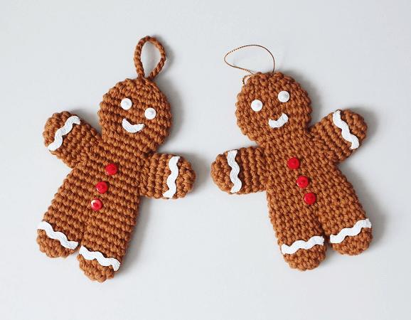 Crochet Gingerbread Man Ornament Pattern by I Heart Gantsilyo