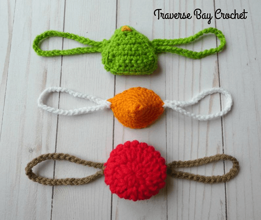 Holiday Nose Warmer Crochet Pattern by Traverse Bay Crochet