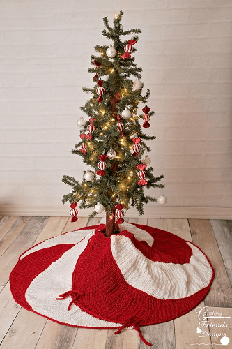Crochet Peppermint Swirl Christmas Tree Skirt Pattern by Crafting Friends Designs