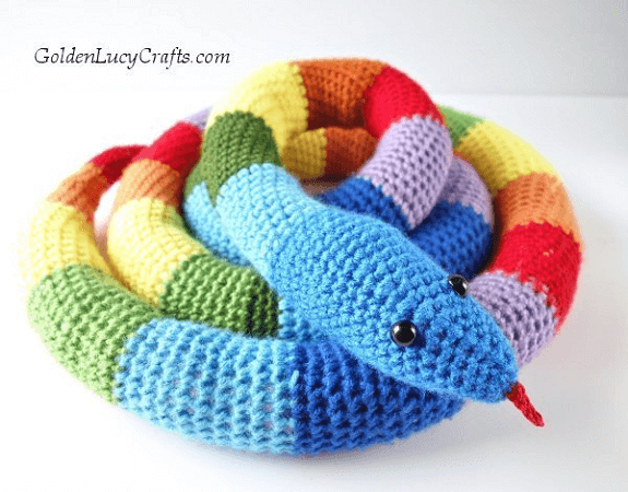 Crochet Rainbow Snake Free Pattern by Golden Lucy Crafts