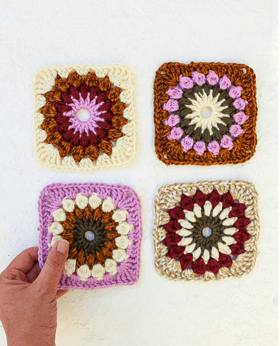 Crochet Sunburst Square Pattern by Make And Do Crew