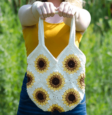Crochet Sunflower Purse Pattern by Crochet 365 Knit Too