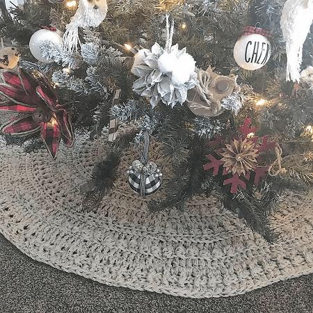 Crochet Tree Skirt Pattern by Nella's Cottage