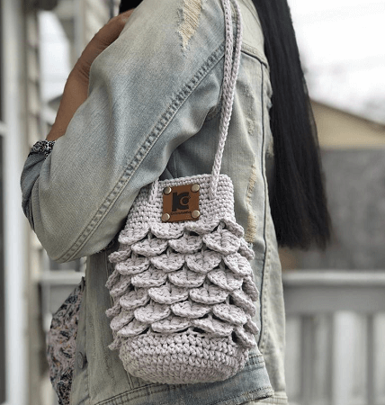 Crocodile Stitch Crochet Purse Pattern by Knitcro Addict