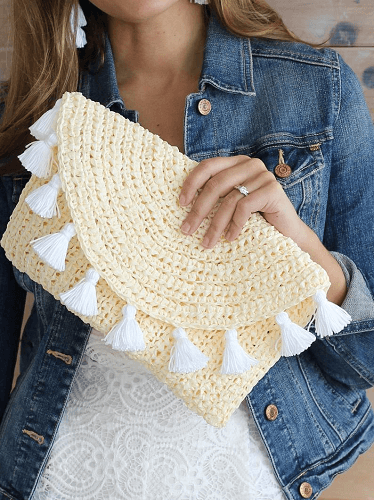 Evelyn Crochet Summer Clutch Pattern by The Lakeside Loops