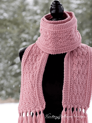 La Vie en Rose Ladies Scarf Free Crochet Pattern by Kirsten Holloway Designs