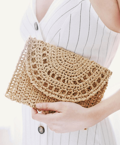 Raffia Clutch Purse Crochet Pattern by Darling Jadore