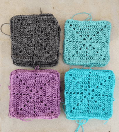 Simple Filet Starburst Square Crochet Pattern by Creative Jewish Mom