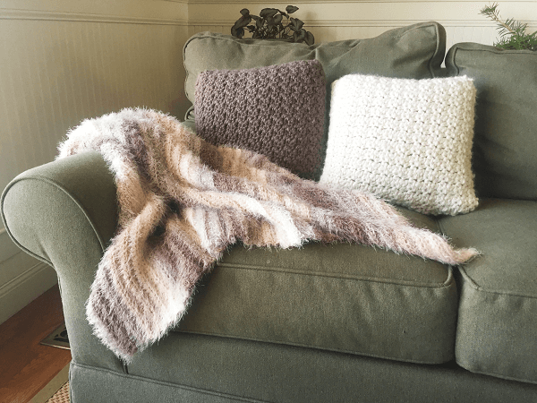 Toasted Marshmallow Throw Crochet Pattern by Em's Fiber Arts