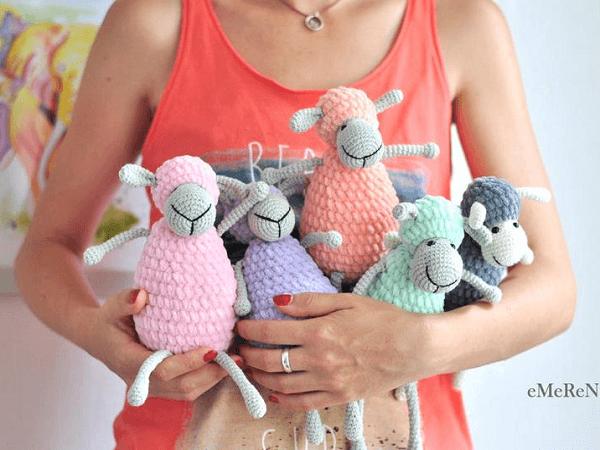 Amigurumi Sheep Crochet Pattern by Emerens Love