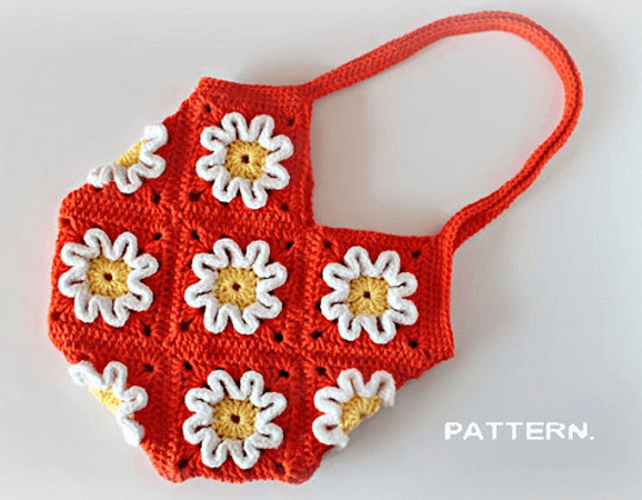 Crochet 3D Flower Purse Pattern by Zoom Yummy