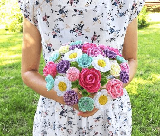 Crochet Flower Bouquet Pattern by Happy Creations By Vita
