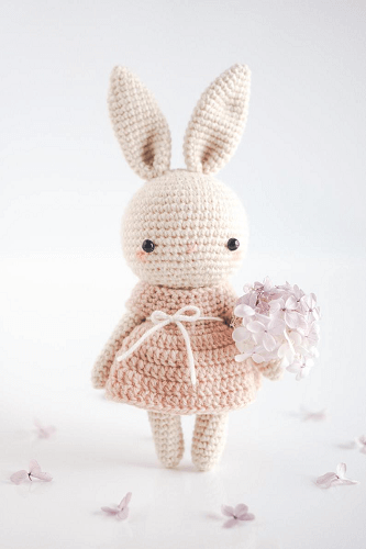 Ellie, The Bunny Amigurumi Crochet Pattern by Hello Lady Ellie