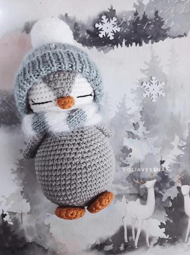 Amigurumi Penguin Crochet Pattern by Toys Crochet Studio