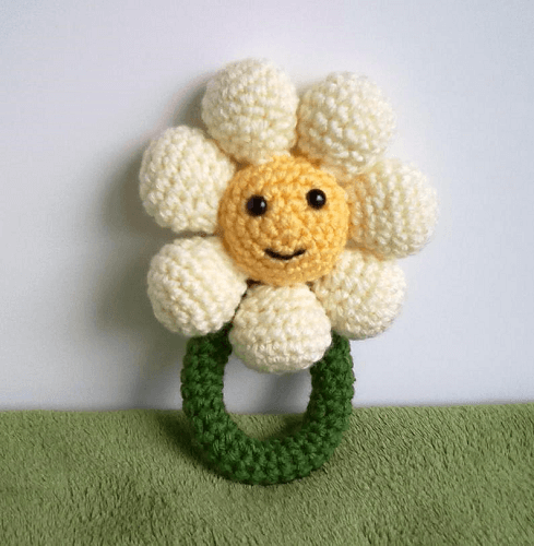 Crochet Daisy Rattle Pattern by Yarnabees