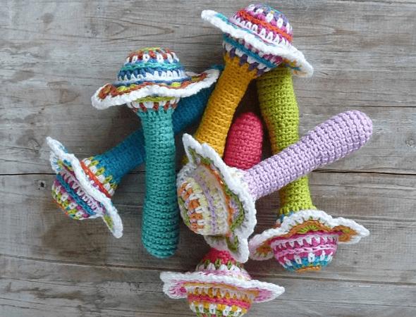 Crochet Flower Baby Rattle Pattern by ATERG Crochet