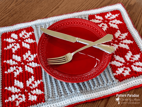 Crochet Snowflake Placemat Pattern by The Pattern Paradise