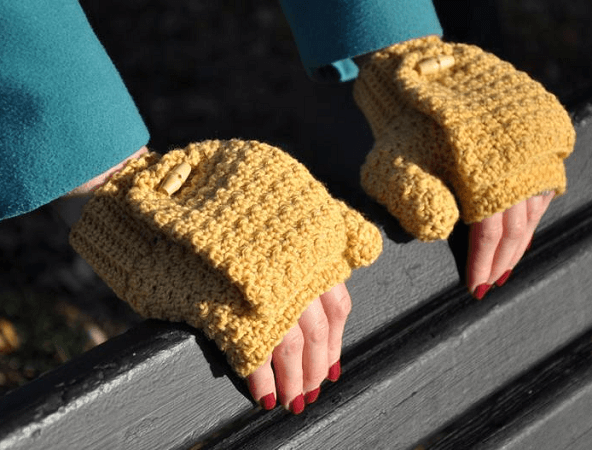 Crochet Versatile Mittens Pattern by Han Jan Crochet
